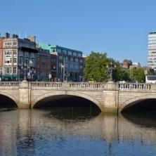 Đi lại ở Ireland (Ailen)